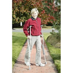 Drive Medical Walking Crutches with Underarm Pad and Handgrip, Youth - 1 Pair